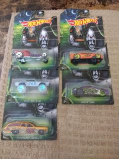 Hot wheels 2016 happy Halloween 5 out of 8 collection