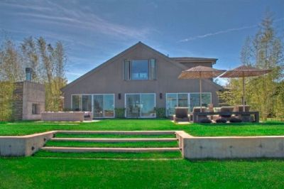 Design Home Backyard In Your Budget