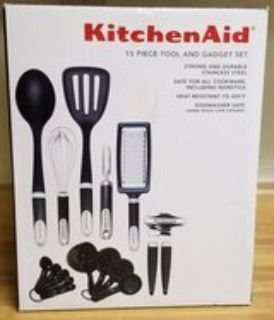 Kitchenaid 15 PC Tools & Gadget Set NIB