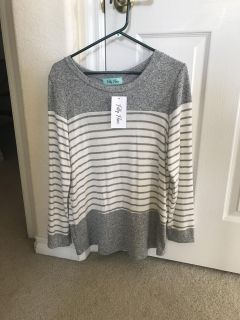 NWT Filly Flair Sweater Size Small