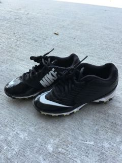 Youth football cleats size 1.5