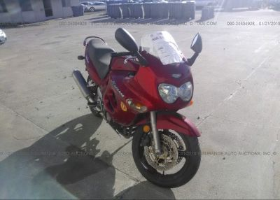 2002 SUZUKI GSX750