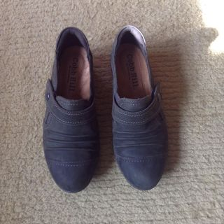 Size 6 Cobb Hill by New Balance Shoes