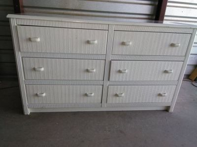 6 drawers dresser with a headboard queen- full size