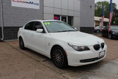 2009 BMW 5-Series 528xi (White)