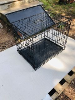 Metal dog crate/cage