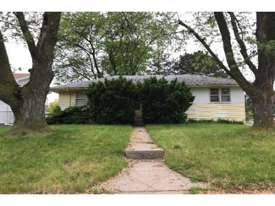 3 Bed 2 Bath Preforeclosure Property in Omaha, NE 68104 - N 61st St