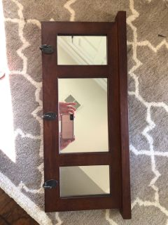 Wooden mirror with 3 hooks