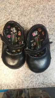 New girls dressy shoes size 2
