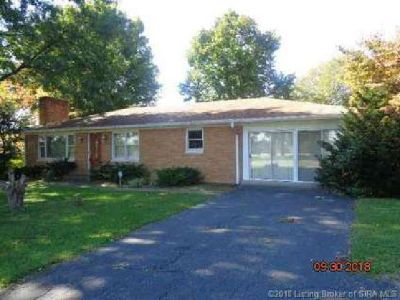 3421 Grant Line Road New Albany Three BR, Spacious all brick home