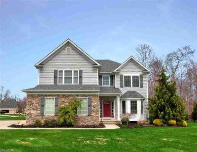12161 Summerwood Dr Painesville Four BR, Welcome home to this