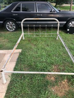 Antique full size bed as is sell must pick up obo