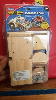 Monster Truck Build and Grow set