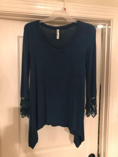 Boutique Teal 3/4 Sleeve