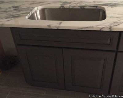 Remodeling kitchen and bath in Royal Oak