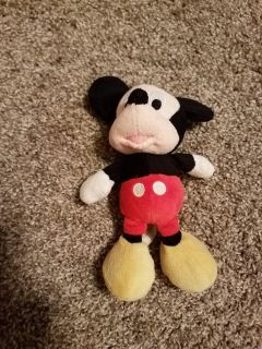 8 INCH, MICKEY MOUSE, EXCELLENT CONDITION, SMOKE FREE HOUSE