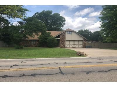 3 Bed 3 Bath Foreclosure Property in Ponca City, OK 74604 - Kygar Rd