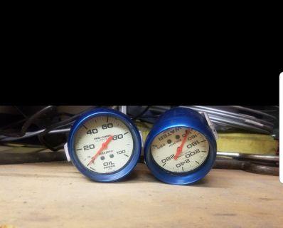 Auto meter mechanical gauges