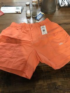 Aftco shorts men size 32. New with tags $40