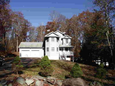 3254 Trafalgar Ave East Stroudsburg, CALL TODAY to view this