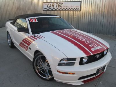 2007 Ford Mustang GT Deluxe (Performance White)