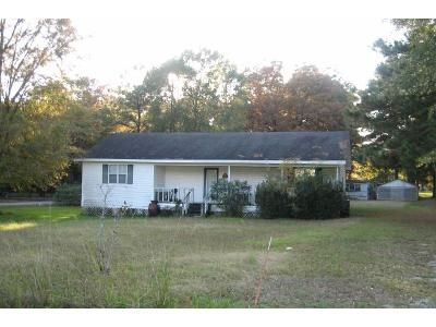 3 Bed 1 Bath Foreclosure Property in Pineville, LA 71360 - Stokes Rd