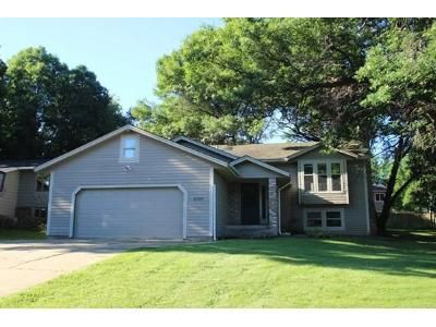 5 Bed 3 Bath Foreclosure Property in Saint Paul, MN 55128 - Upper 28th St N