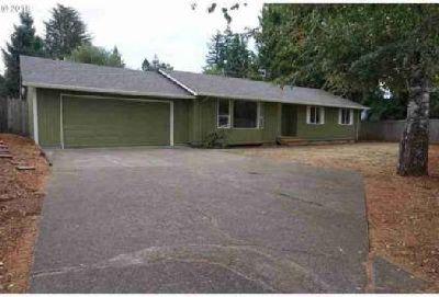 15238 NE Beech CT Portland Four BR, Beautiful single level home