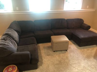 FREE Brown Sectional Sofa NO HOLDS