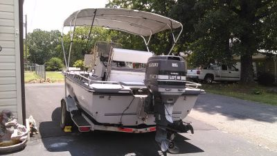 18 Ft cajun boat