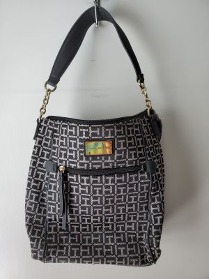Black purse..porch pick up