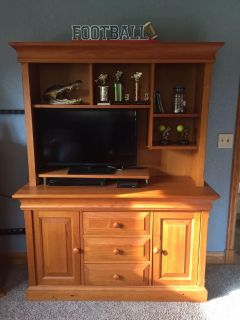 Solid wood dresser and hutch