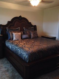 5 piece King bedroom suite - Heavy with granite tops and HUGE! (Bed, nightstand, chest, dresser, mirror)