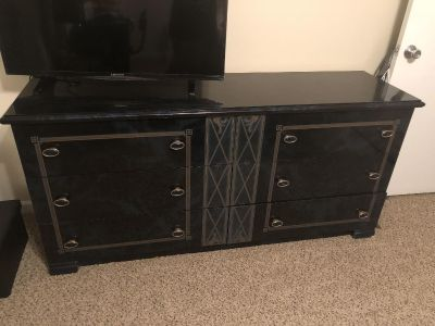Durable dresser made in Italy