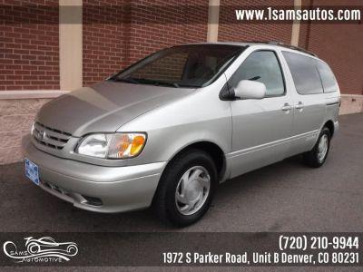 2002 Toyota Sienna LE (Silver Shadow Pearl)