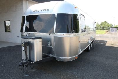 2011 Airstream FLYING CLOUD 27FBQ