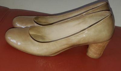 Stuart Weizman shoes, patent leather