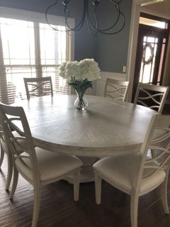 Paula Deen dining table w/leaf & 6 chairs
