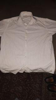 Men's size Medium White Perry Ellis Long - Sleeved Button Up Dress Shirt