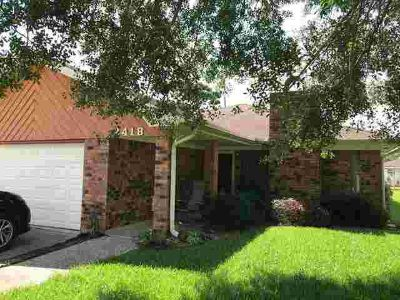 2418 Nall St. Port Neches Three BR, 3/2/2 Home in PNGISD.