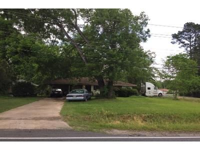 3 Bed 2 Bath Foreclosure Property in Monroe, LA 71202 - Parkview Dr