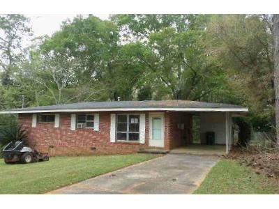 3 Bed 1 Bath Foreclosure Property in Enterprise, AL 36330 - Griffin St