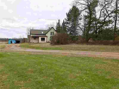 7997 N County Road H Sheldon, Great home or cabin with water
