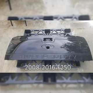2008-2016 Ford F250 Dented Tailgate Shell