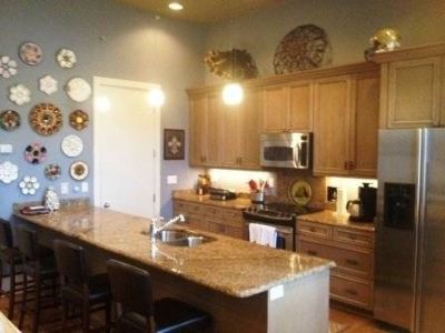 $3495 2 townhouse in Central Business District
