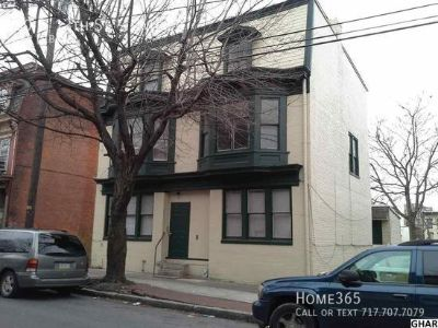 2BR/ 1Bath Convenient to Downtown, Transportation