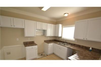 4 bedrooms Apartment - Freshly remodeled by Invitation Homes.