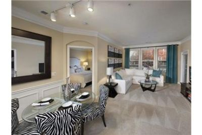 Crossing offers you the finest of luxurious apartment community living.