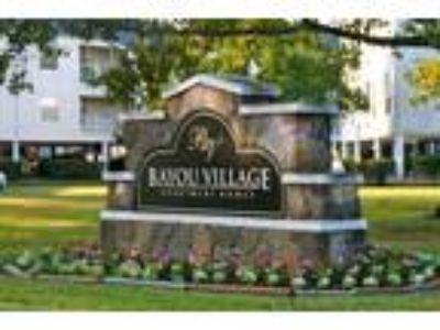 Bayou Village Apartments - A2 1x1 725sf