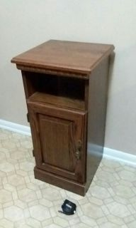 SIDE TABLE/WITH CABINET.........EXCELLENT CONDITION